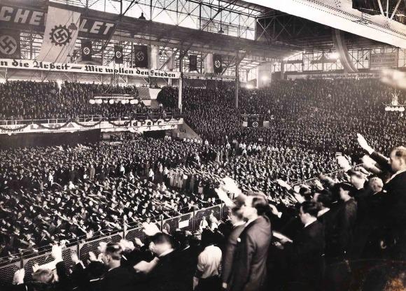 Nazi_rally_Argentina_1938.jpg